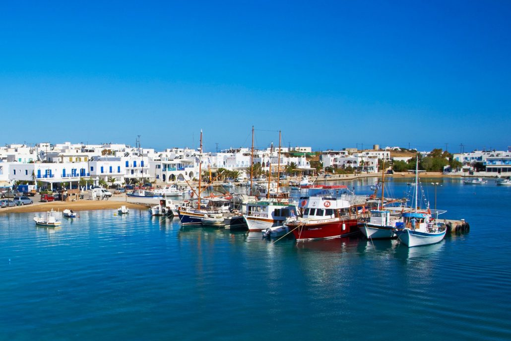 paros - antiparos daily cruises From Mykonos with Eversails yacht cahrtering